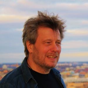 Peter Lundberg - Peter_Lundberg_P-H6MU2-P_S-300_I-1683HJ-I
